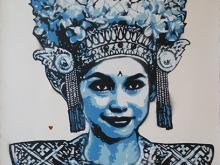 91. KERATON LEGONG DANCER SMILE BLUE