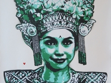 92. KERATON LEGONG DANCER SMILE GREEN