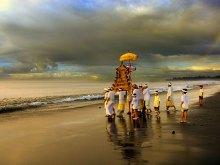 Melasti Ceremony by Yoga Raharja